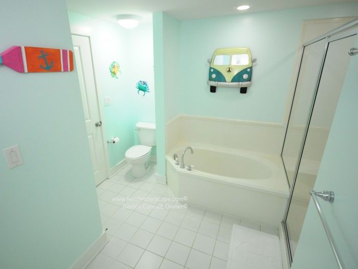 Guest Bathroom Garden Tub